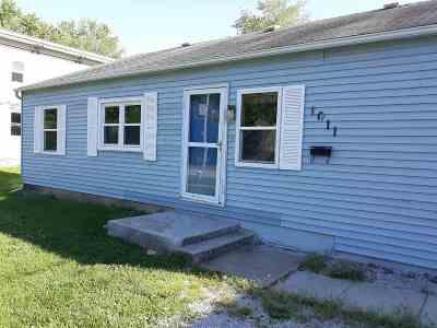 Laporte City Single Family Home For Sale: 1011 E Main Street