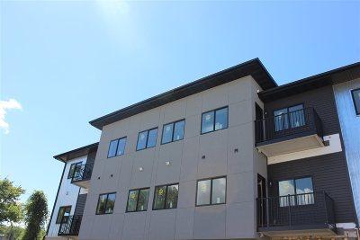 Cedar Falls IA Condo/Townhouse For Sale: $199,000