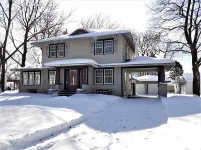 Waterloo Single Family Home For Sale: 112 Prospect Avenue