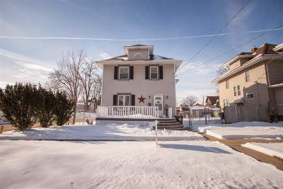 Waterloo Single Family Home For Sale: 522 Baltimore Street