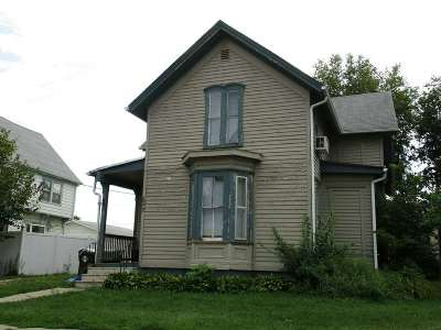 Waterloo Multi Family Home For Sale: 827 W 3rd Street