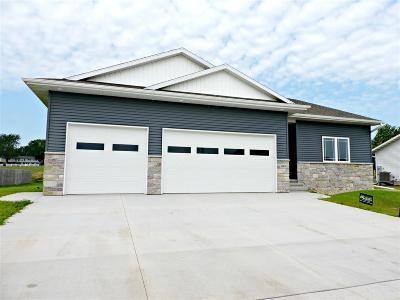 Laporte City Single Family Home For Sale: 1305 Comstock Street