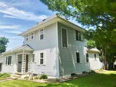 Cedar Falls Single Family Home For Sale: 1522 College Street