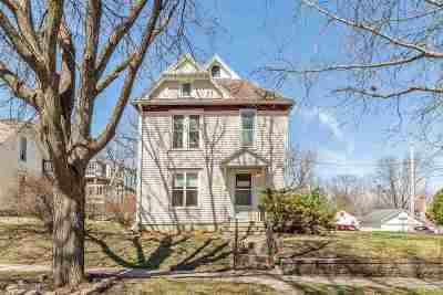 Cedar Falls Single Family Home For Sale: 519 W 9th Street