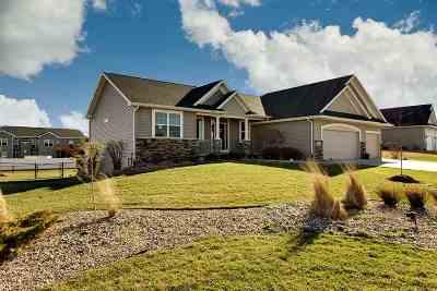 Cedar Falls IA Single Family Home For Sale: $445,900