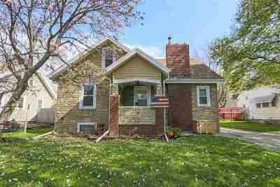 Waterloo Single Family Home For Sale: 1207 Williston Avenue