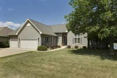 Cedar Falls Single Family Home For Sale: 3925 Wynnewood Drive