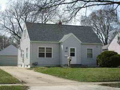 Waterloo Single Family Home For Sale: 1820 W 6 Street