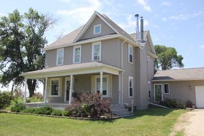 Laporte City Single Family Home For Sale: 12628 Hammond Avenue