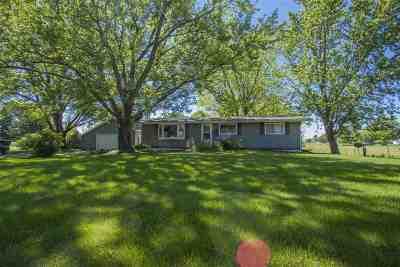 Laporte City Single Family Home For Sale: 1201 Bishop Avenue