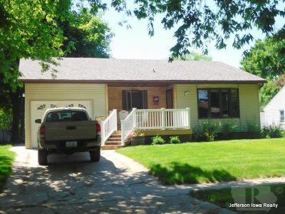 Jefferson Single Family Home Active-Contingent: 710 S Oak Street