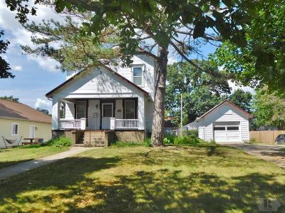 Jefferson Single Family Home For Sale: 404 W Brackett Street