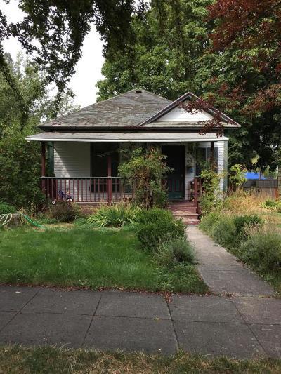 Coeur D'alene Single Family Home For Sale: 1015 E Wallace Ave