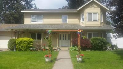 Rathdrum Single Family Home For Sale: 15359 Pineview St