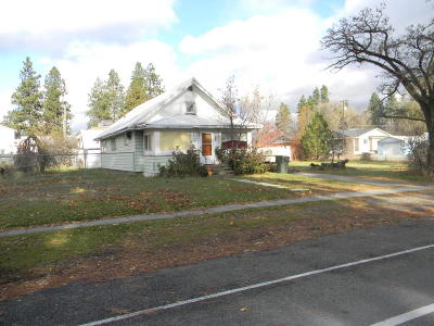 Post Falls Single Family Home For Sale: 211 E Mullan Ave