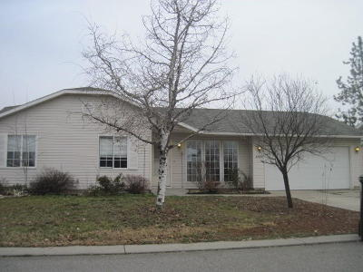 Post Falls Single Family Home For Sale: 2720 N Wickiup Dr