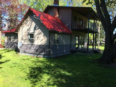Clark Fork Single Family Home For Sale: 199 River Lake Dr