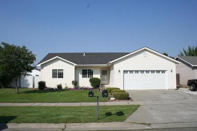 Post Falls Single Family Home For Sale: 1083 N Forsythia St