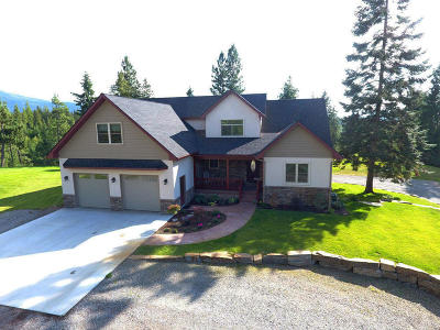 Bonners Ferry Single Family Home For Sale: 454 Treetop Bluff Ln