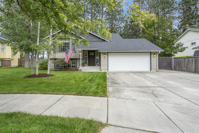 Post Falls Single Family Home For Sale: 105 S Aerie Ct