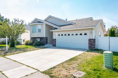 Post Falls Single Family Home For Sale: 1049 N Bainbridge St