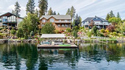 Kootenai County Single Family Home For Sale: 1208 S Riverside Harbor Dr