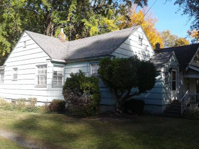 Coeur D'alene Single Family Home For Sale: 105 E Foster Ave