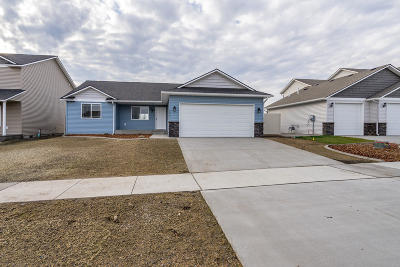 Post Falls Single Family Home For Sale: 3299 N Callary St