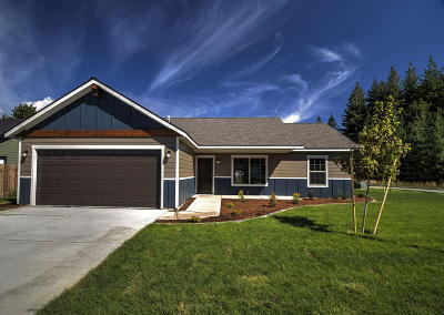 Sandpoint Single Family Home For Sale: 319 Creekview Ct