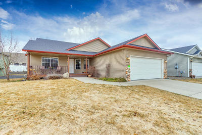 Post Falls Single Family Home For Sale: 2514 N Sparrow Loop