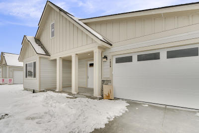 Post Falls Single Family Home For Sale: 3113 N Backweight Loop