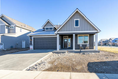 Post Falls Single Family Home For Sale: 3020 N Backweight Loop