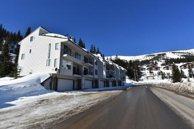 Sandpoint Condo/Townhouse For Sale: 8766 Schweitzer Mtn Rd