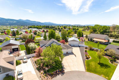 Post Falls Single Family Home For Sale: 2378 W Falling Star Loop