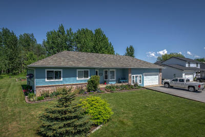 Sandpoint Single Family Home For Sale: 377 Upper Humbird