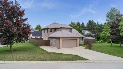 Sandpoint Single Family Home For Sale: 1910 Mountain Meadows Way