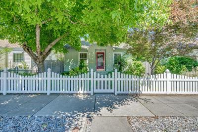 Coeur D'alene Single Family Home For Sale: 1415 E Lakeside Ave