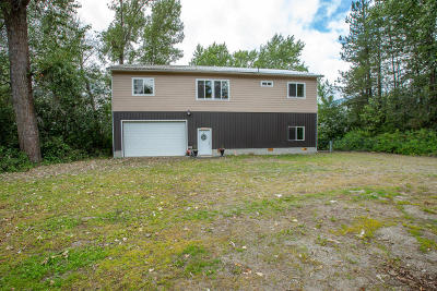 Cusick Single Family Home For Sale: 781 Riverbend Loop Rd