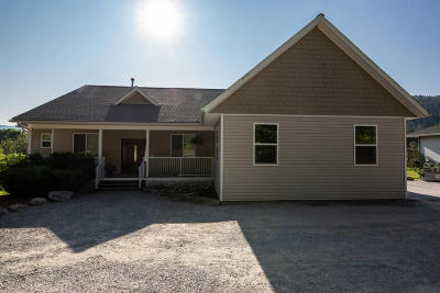 Sandpoint Single Family Home For Sale: 239 Lower Pack River Rd