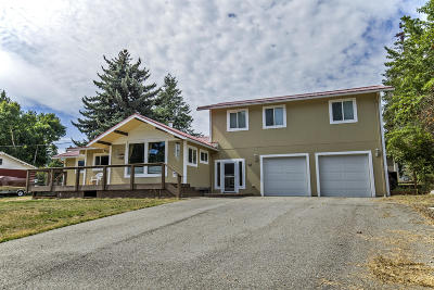 Single Family Home For Sale: 57 Laclede Shores Dr