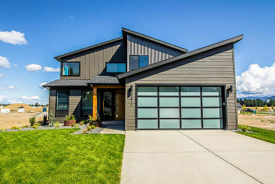 Coeur D'alene Single Family Home For Sale: 6974 N Courcelles Pkwy