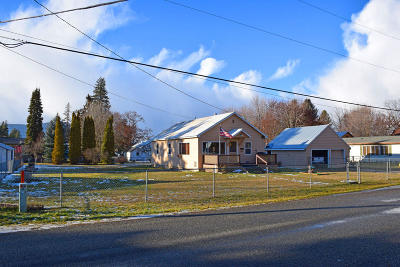 Bonners Ferry Single Family Home For Sale: 6698 Fry St