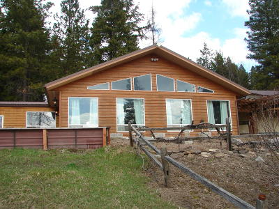 Bonners Ferry Single Family Home For Sale: 981 Highway 1