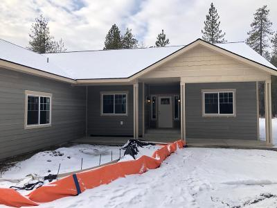 Athol Single Family Home For Sale: 37 W Butte Ave