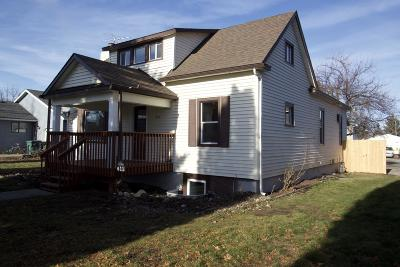 Hauser Lake, Post Falls Single Family Home For Sale: 611 E 2nd Ave