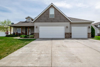 Post Falls Single Family Home For Sale: 2623 W Falling Star Loop
