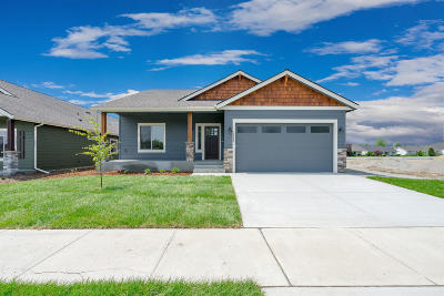 Post Falls Single Family Home For Sale: 2649 N Side Saddle Ln