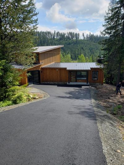 Priest Lake Single Family Home For Sale: 245 Long Dr