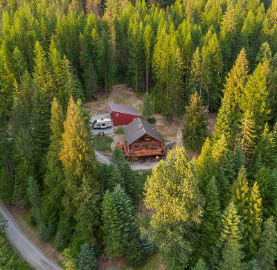 Priest Lake, Priest River Single Family Home For Sale: 8967 Highway 57