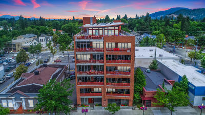 Coeur D'alene Condo/Townhouse For Sale: 609 E Sherman Ave #302